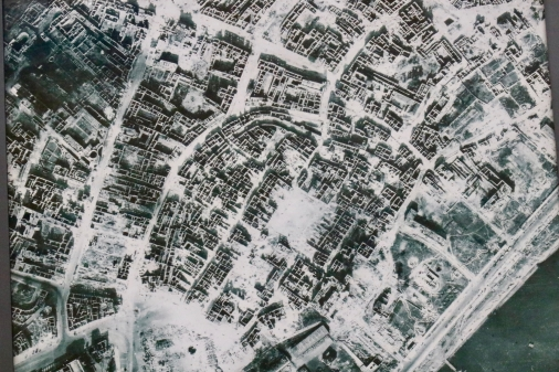 Arial view of the destruction: The spot in the lower left is the Royal Castel square and the square in the middle of the picture is the market place in Old Town