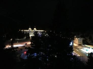 Blick von unserem Hotelzimmer auf das Kempinski Grand Hotel des Bains