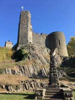 Burg Stolpen mit Basalt-Säulen