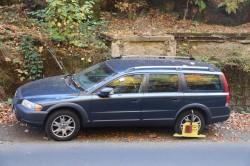 Abseits der Parkplätze an der Landstraße zu parken, ist nicht empfehlenswert.