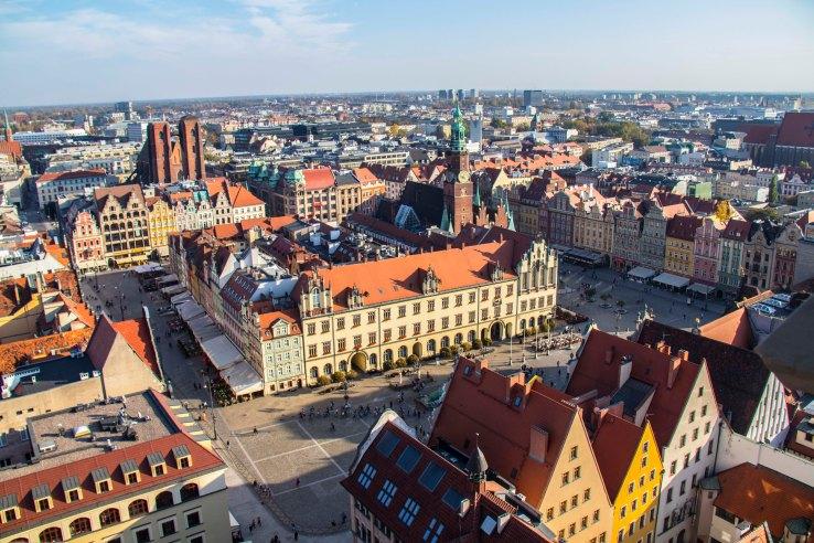 Blick vom Turm der St. Elisabeth-Kirche auf den Marktplatz in Richtung Magdalenenkirche ©Urheber-ID 986011