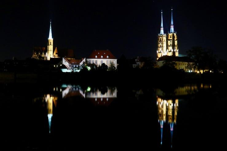 Blick auf den Breslauer Dom (rechts) und die Kreuzkirche ©Urheber-ID 986011