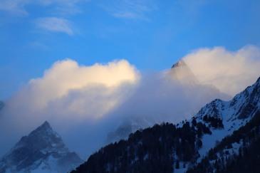 Das Matterhorn versteckt sich hinter Wolken ... leider!