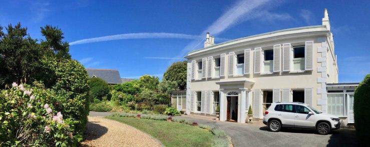 La Roche Guesthouse