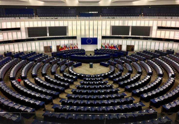 Plenarsaal im Europaparlament, in dem die zurzeit über 800 Europa-Abgeordneten vier Mal im Jahr tagen.